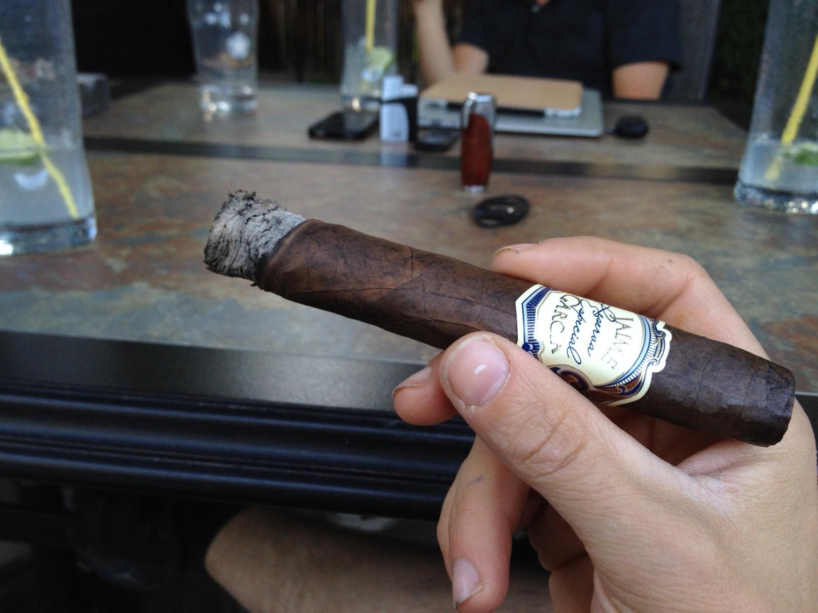 Jaime Garcia Reserva Especial TAA cigar rating