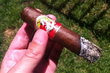 La Gloria Serie R #3 cigar review