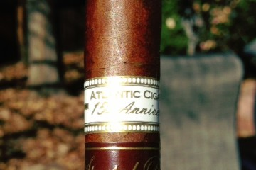 Cigar review Oliva Atlantic Cigar 15th Aniversario Diadema