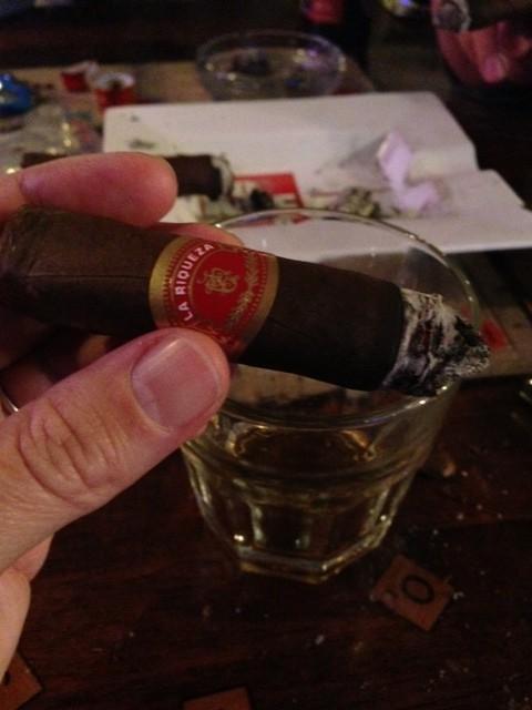 La Riqueza Cigar Rating