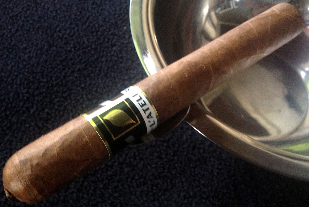 L'Atelier Imports LAT56 cigar