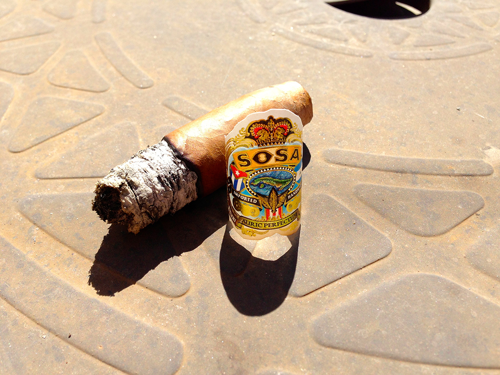 Sosa Piramide cigar and band