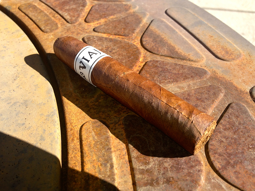 Viaje White Label Project Winter Classic cigar