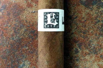 Leccia White Label cigar review