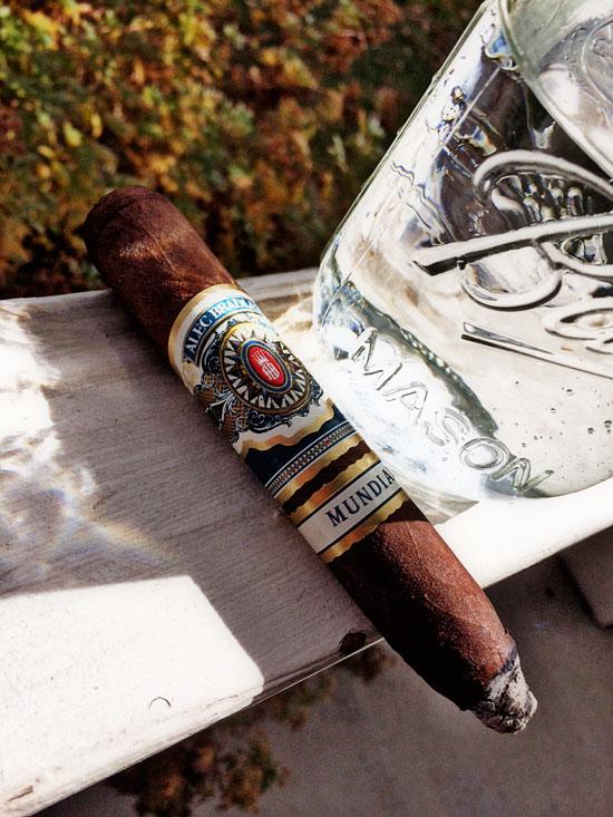 Alec Bradley Mundial Cigar Rating