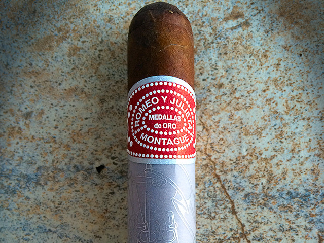 Romeo y Julieta House of Montague cigar review