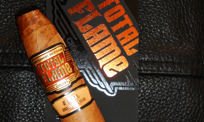 Total Flame Bright Line 8-Ball Cigar Review