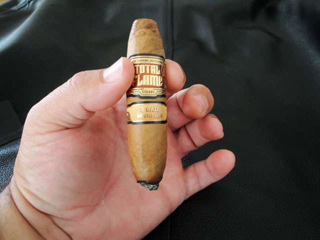 Total Flame Bright Line 8-Ball Cigar Rating