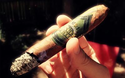 601 La Bomba Bunker Buster cigar review