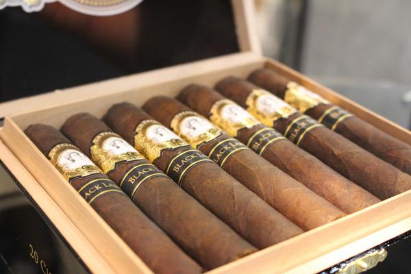 La Palina Black Label cigars IPCPR 2014