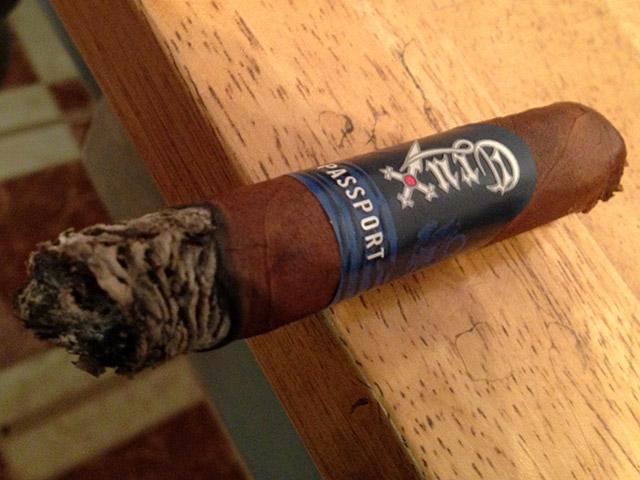 Crux Passport cigar review