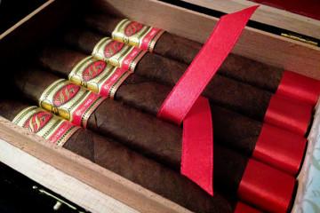 La Hoja Edición Maduro 1962 cigar review