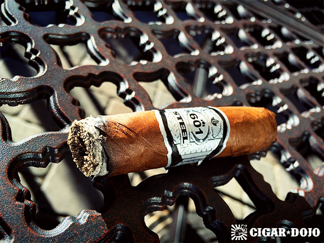 601 Steel cigar review and rating