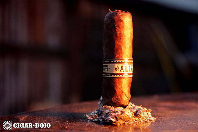 Espinosa The Alibi cigar review and rating
