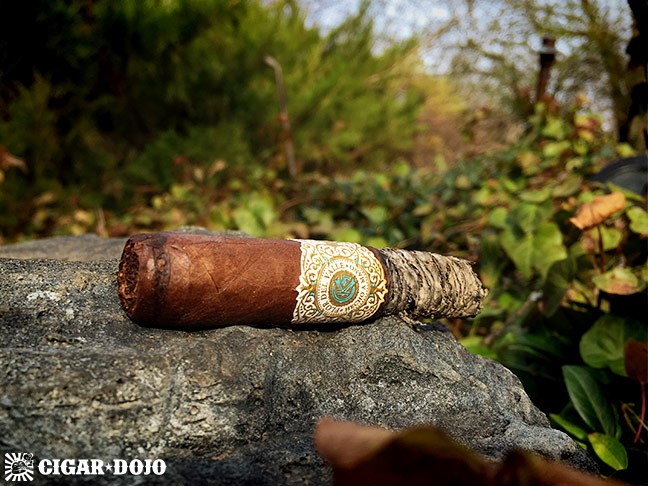 Warped Cigars Flor Del Valle cigar review and rating