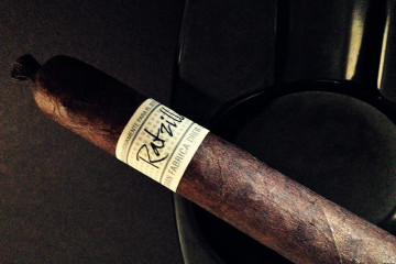 Liga Privada Único Serie Ratzilla cigar review