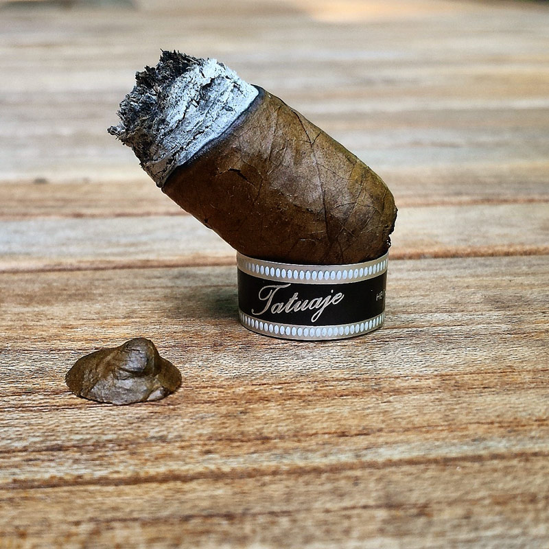 Tatuaje Black Label Corona Gorda 2013 cigar review and rating