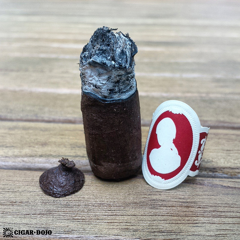 La Dueña cigar review and rating
