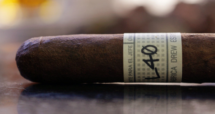 Liga Privada Unico Serie L40 Lancero cigar review