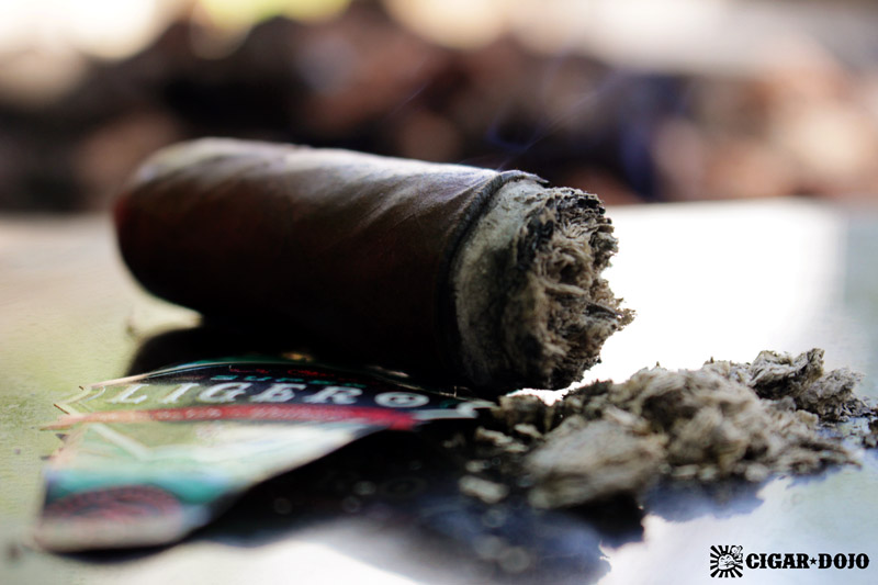 Rocky Patel Super Ligero cigar review and rating