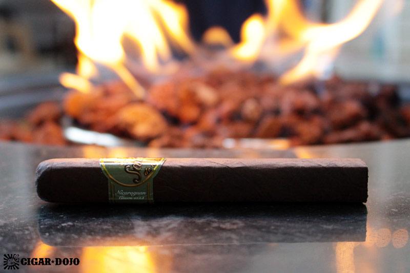 Santiago Cigars Habano robusto cigar review