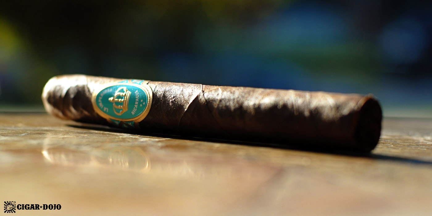 Crowned Heads La Imperiosa cigar review