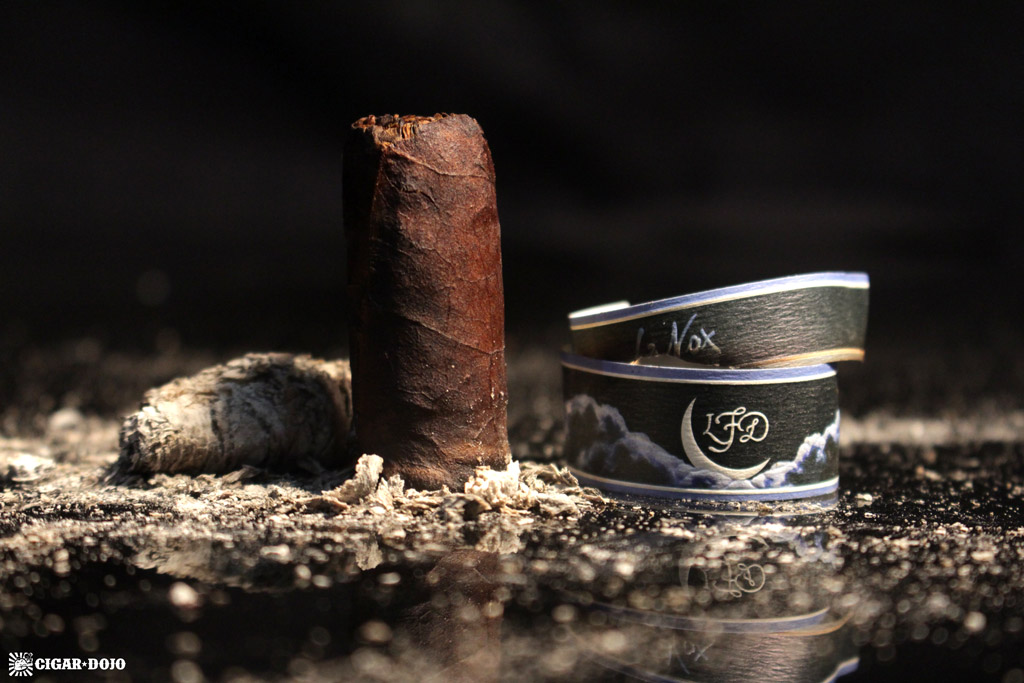 La Flor Dominicana La Nox cigar review and rating
