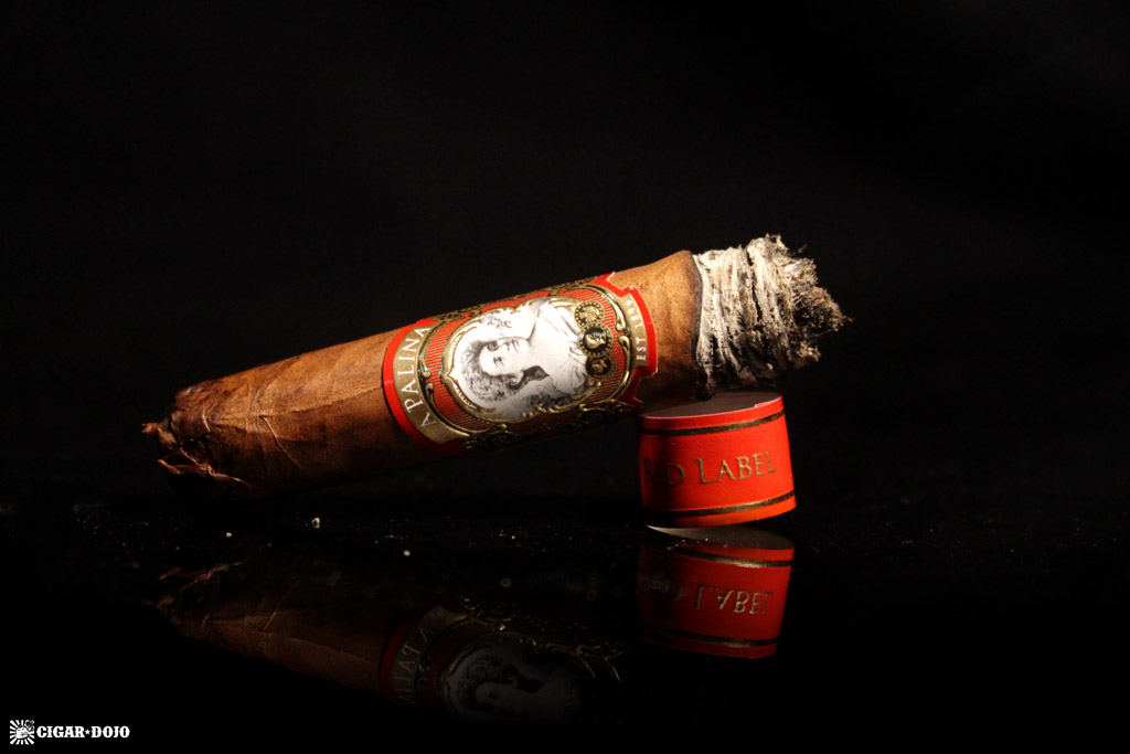 La Palina Red Label cigar review and rating