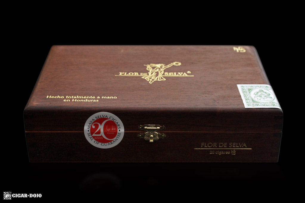 Maya Selva Flor de Selva Nº 15 box of cigars
