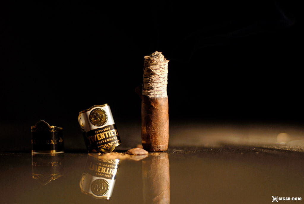 rocky-patel-twentieth-anniversary-cigar-review-rating