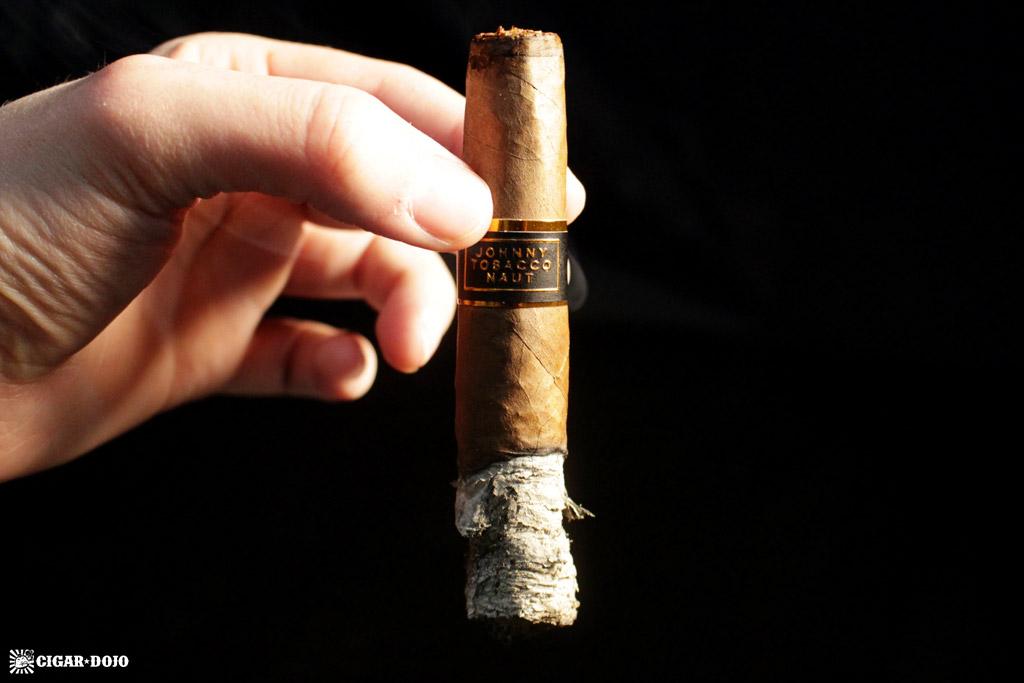 Room 101 Johnny Tobacconaut Chingonova cigar review