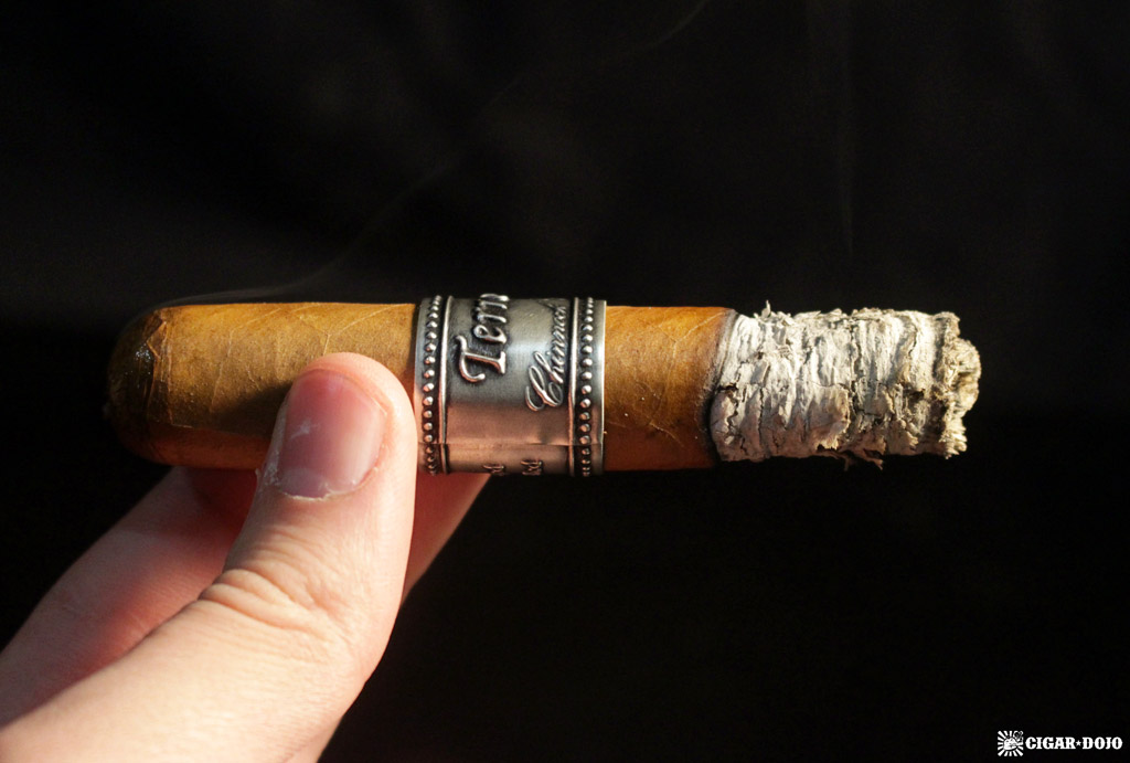 Chinnock Cellars Terroir Toro cigar review