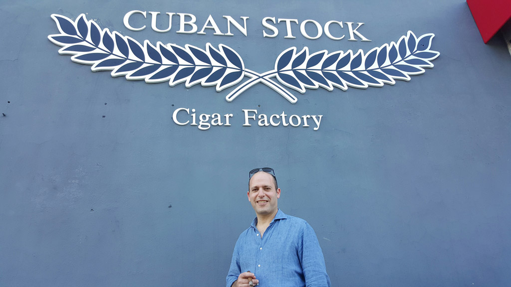 Yaniv-Levy-cuban-stock-cigar-co-new-Factory