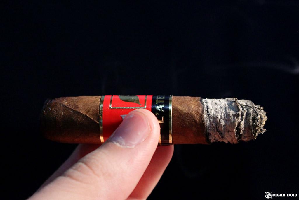 L'Atelier Extension de la Racine ER15 lonsdale cigar review