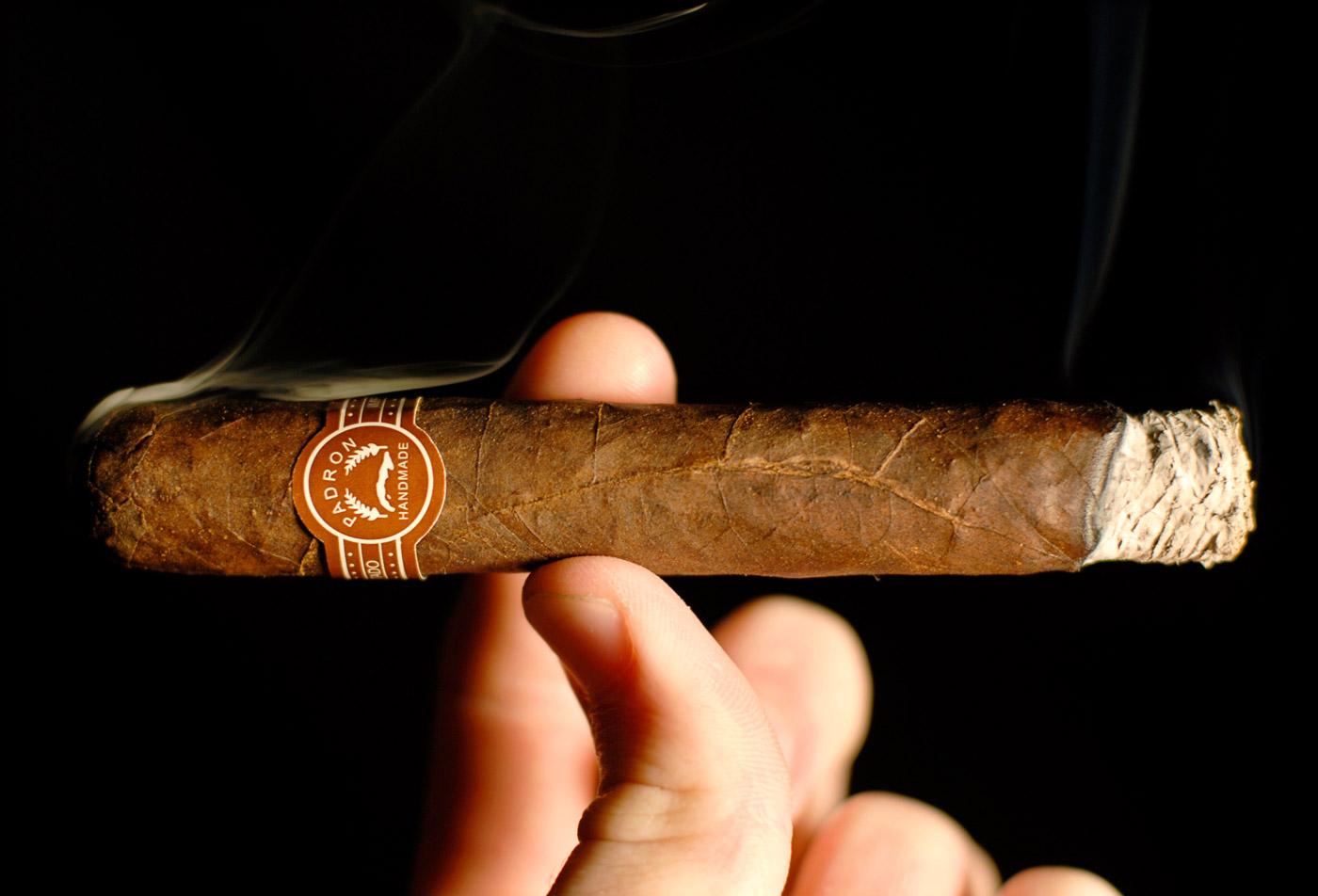 Padrón Series 2000 Maduro cigar review