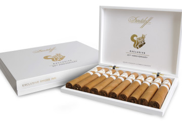 Smoke Inn 20th Anniversary Microblend Davidoff cigar packaging