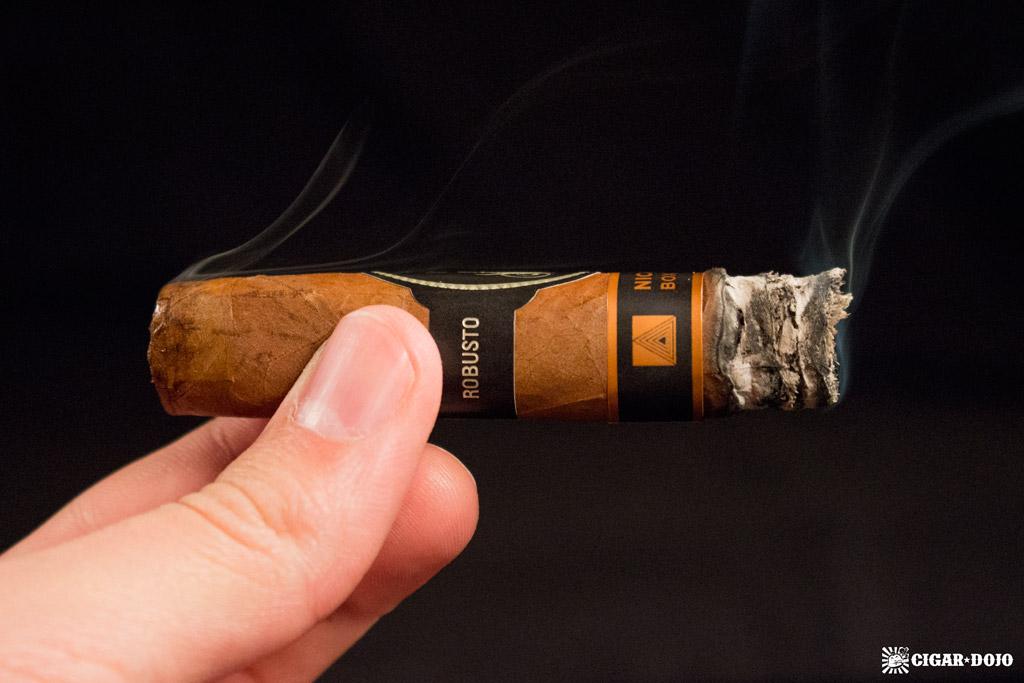 Davidoff Nicaragua Box Pressed cigar smoking