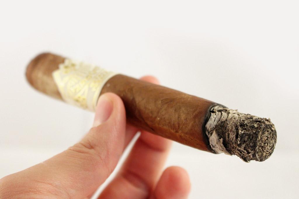 Yargüera H. Upmann Toro cigar review