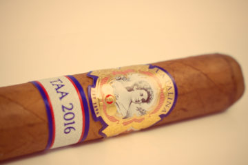 "La Palina ""Bill's Blend"" TAA 2016 cigar review"