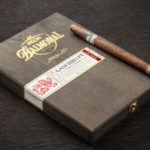 Balmoral Añejo XO Lancero FT cigar box closed