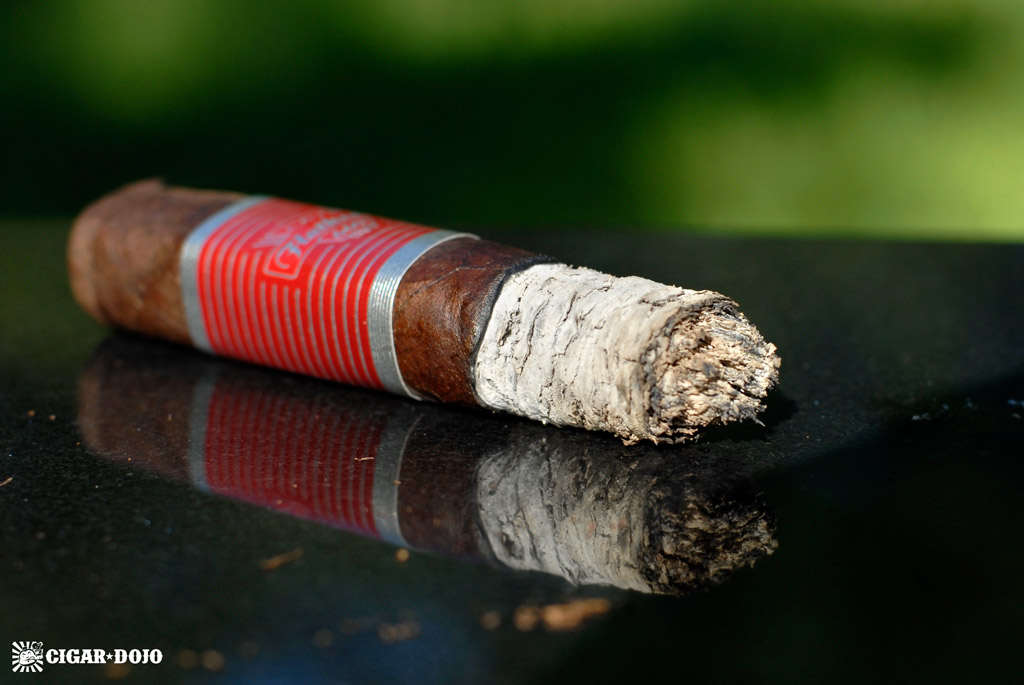 CAO Flathead V660 Carb cigar review