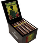 Foundation Cigar Co. The Upsetters cigar box open
