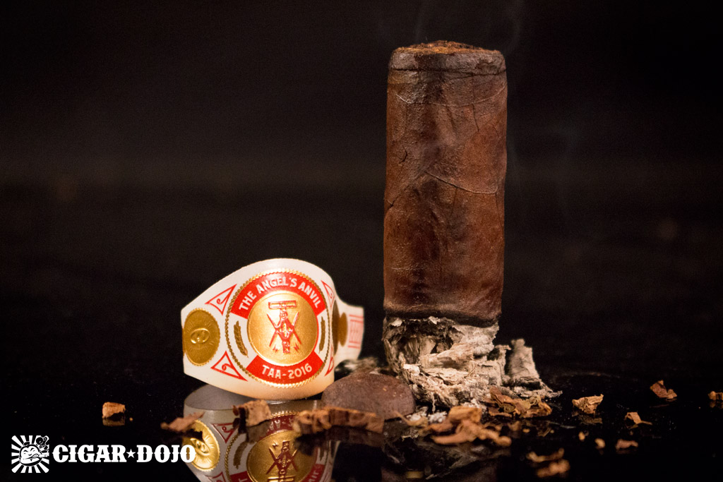 Crowned Heads The Angel's Anvil TAA 2016 cigar review and rating
