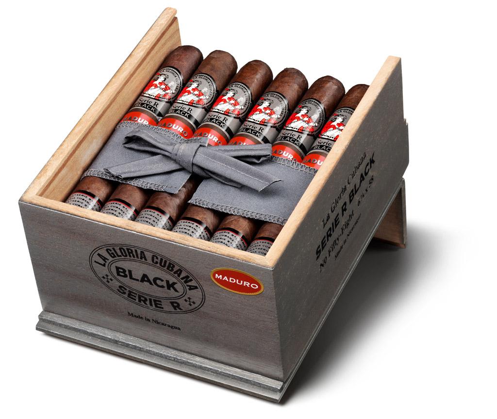 La Gloria Cubana Serie R Black Maduro cigar packaging