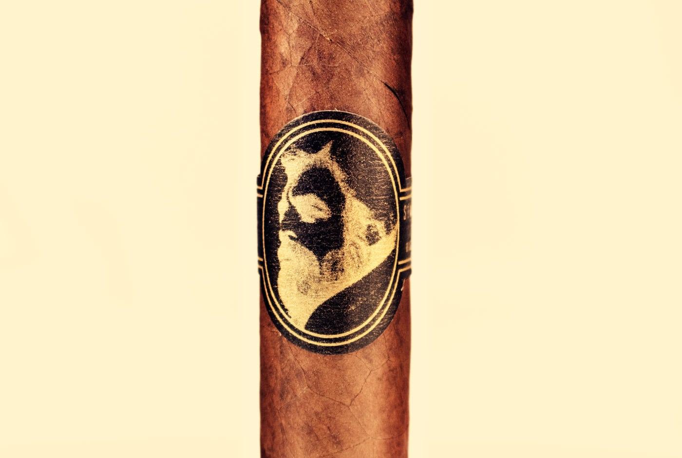 Caldwell Eastern Standard Maduro Midnight Express Jockey Club Robusto cigar review