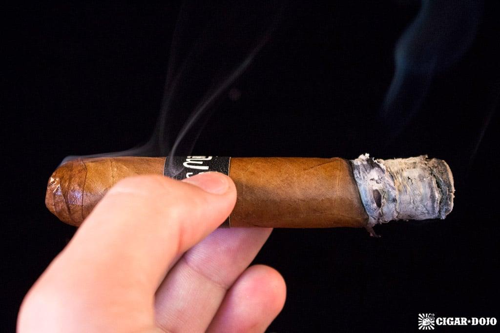 Crowned Heads Las Mareas Tuberia cigar smoking