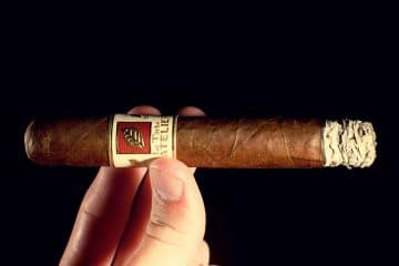 L'Atelier Côte d'Or La Tâche cigar review