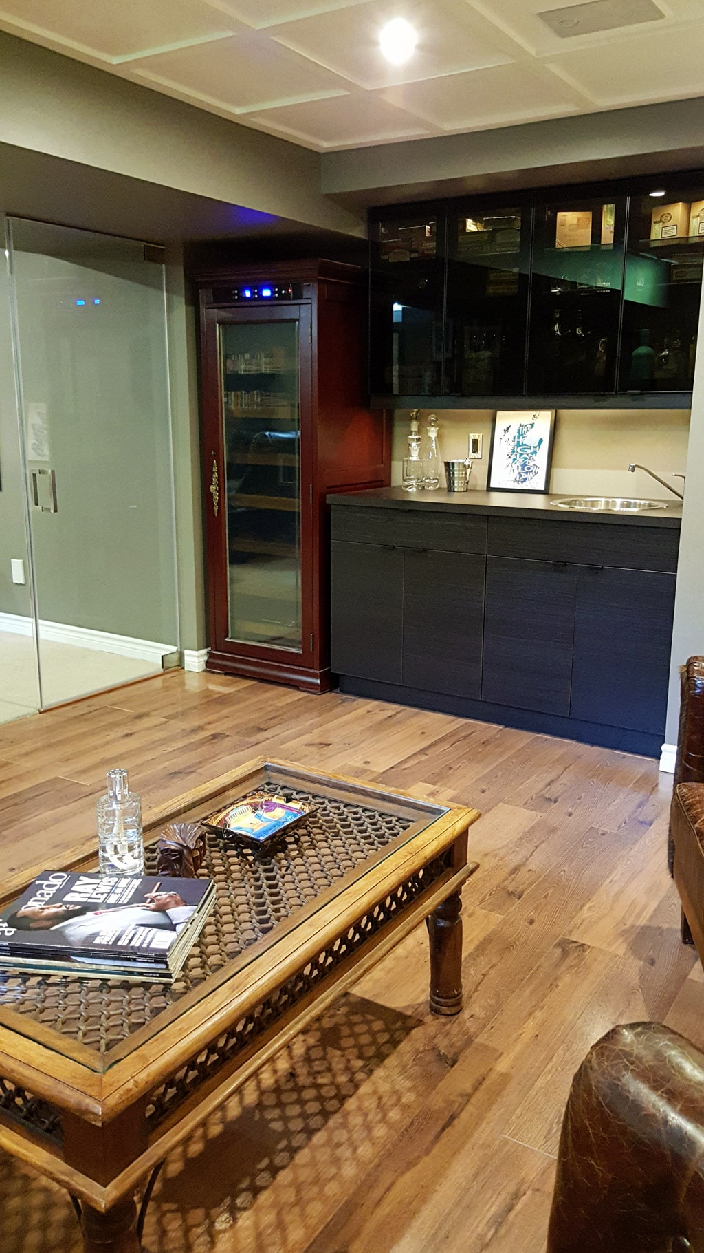 Basement cigar lounge cabinet humidor & How to Build the Perfect Man Cave for the Cigar Enthusiast - Cigar Dojo