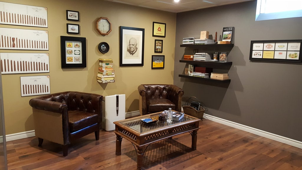 How to Build the Perfect Man Cave for the Cigar Enthusiast ...