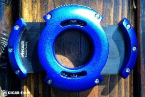 XIKAR XO Blue Cutter Black Blades open